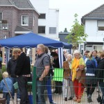 Gemeindefest - Lange Schlange am Grill